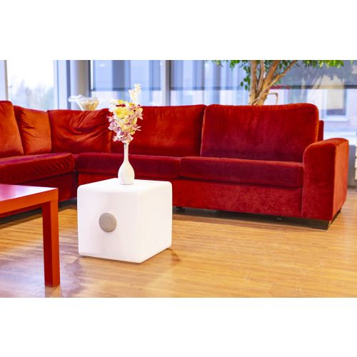 Plastic LED cube with double speaker 9289