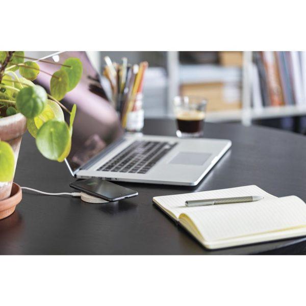 Wheat Straw 5W round wireless charging pad P308.299