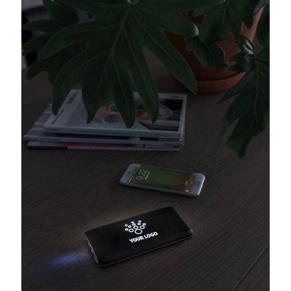 8.000 mAh light up logo wireless powerbank P324.471