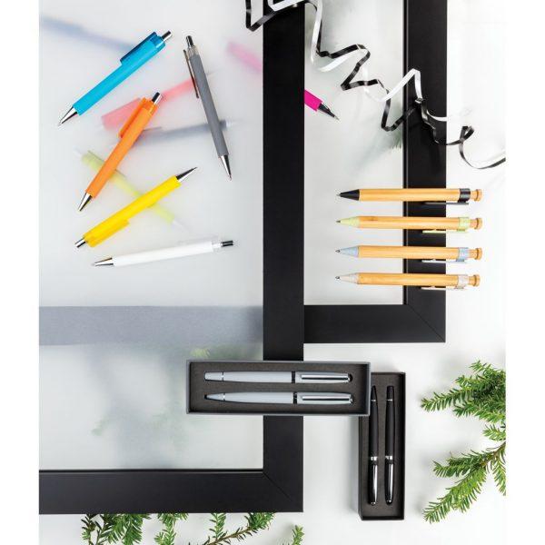 Bamboo pen with wheatstraw clip P610.545