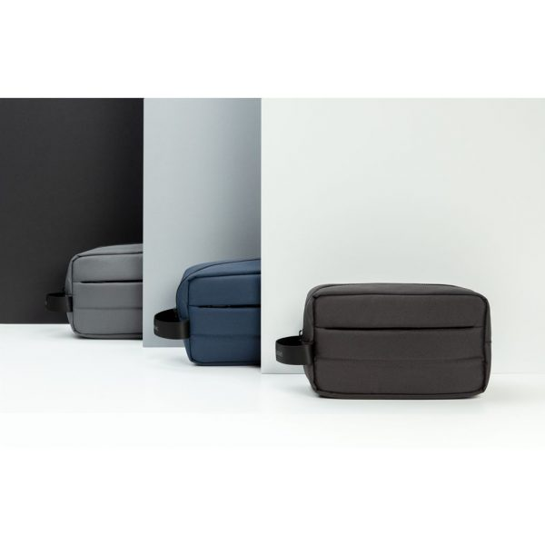 Impact AWARE™ RPET toiletry bag P820.201