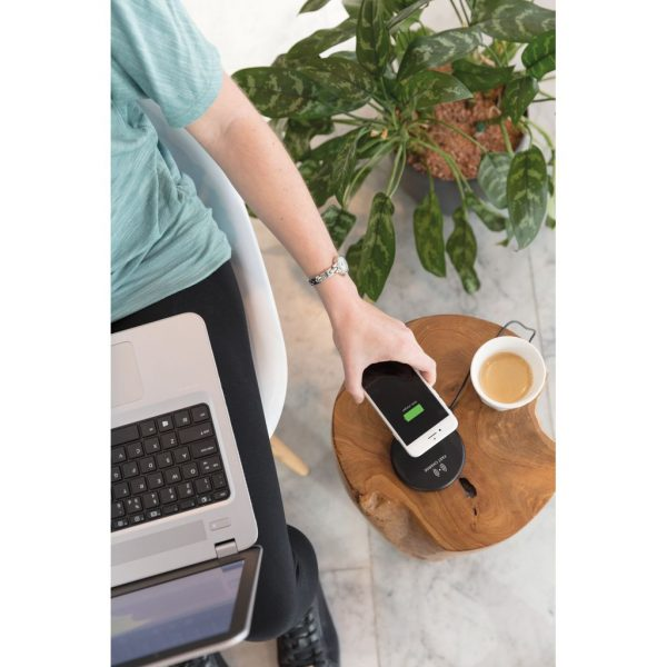 Wireless 10W fast charging pad P308.981