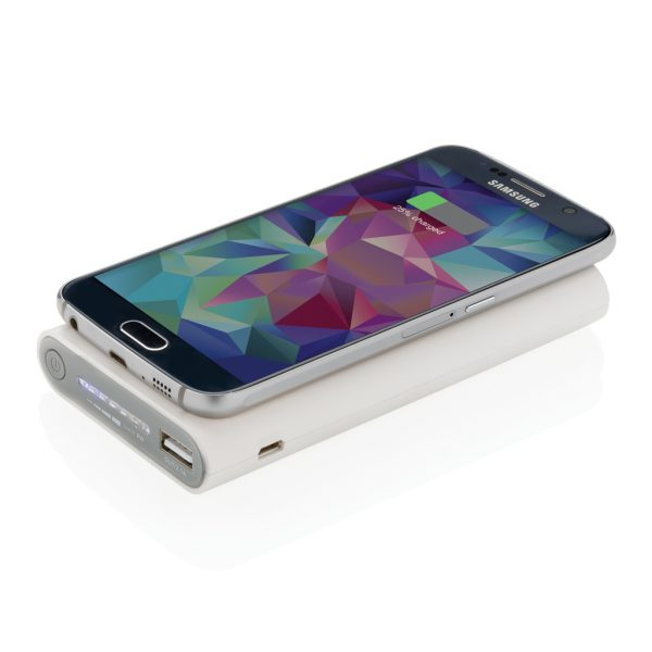 8.000 mAh wireless 5W powerbank with type C P324.923